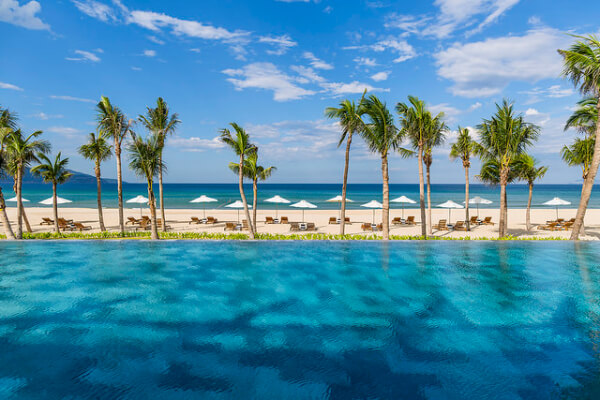 Da Nang Beach Tour, Da Nang beach holiday