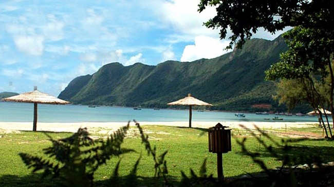 Resorts In Con Dao Island Beach Holidays In Con Dao Island Con Dao Resort Reservation Con Dao Vietnam Beach Holiday