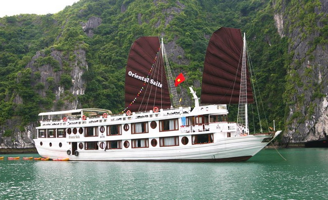 Oriental sails Halong Bay