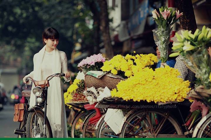 Beautiful Girl in Hanoi City